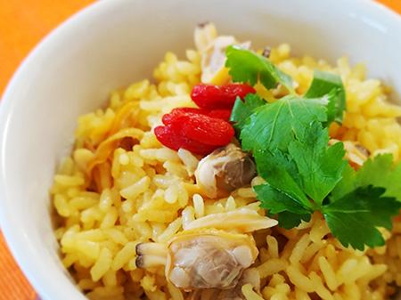 薬膳料理レシピ:アサリとクチナシの炊き込みご飯