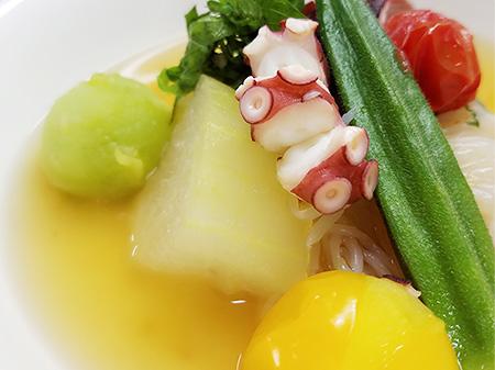 薬膳料理レシピ:冬瓜とトマトのサッパリ煮
