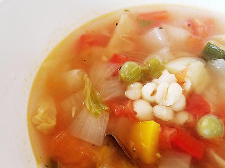 薬膳料理レシピ:はと麦入りサッパリスープ