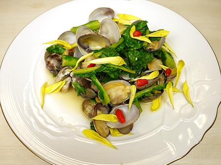 薬膳料理レシピ:簡単あさりと菜の花の酒蒸