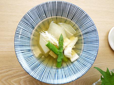 薬膳料理レシピ:冬瓜と湯葉の吸い物
